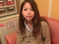 東南アジア系のJK娘をハメ撮りぶっかけk!