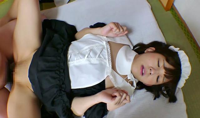 嫌いなキモ男と即ハメ中出しエッチをする少女 Vol.05