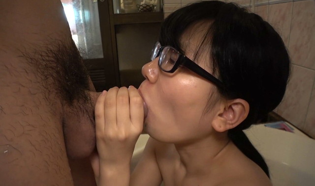 合法ロリ確定!ヲタ・メガネ娘に服従させてガン突きセックス